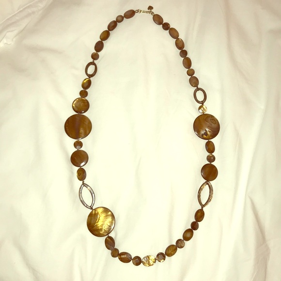 Stella & Dot Jewelry - Brown shell necklace